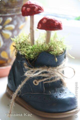 Вот такие осенние поделки сделали мы с Марией для садика.  Вдохновлялись идеями от сюда : http://www.kokokokids.ru/2011/10/nature-crafts-for-kids-2.html фото 2