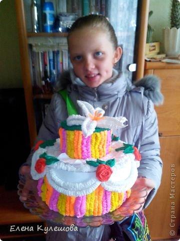 Вот такой тортик по мастер-классу Татьяны Просняковой получился у нас с дочкой ко дню учителя)))