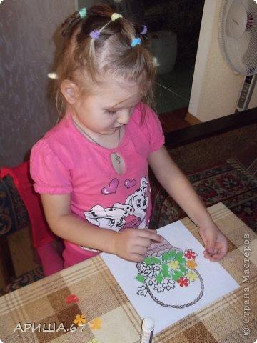 Сегодня в гостях у меня была  моя маленькая крестница Вика, которой три года. Мы с ней и играли, и гуляли, насобирали ОГРОМНЫЙ букет осенних листьев и... конечно же не могли не уделить время для творчества... И вот что у нас получилось... фото 6