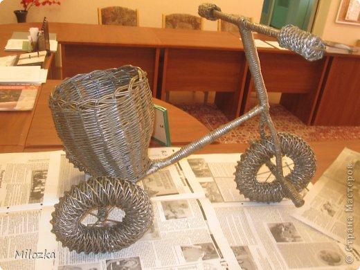 Здраствуйте , дорогие МАСТЕРА! Этот велосипед я сплела к Дню города на выставку работ. фото 8