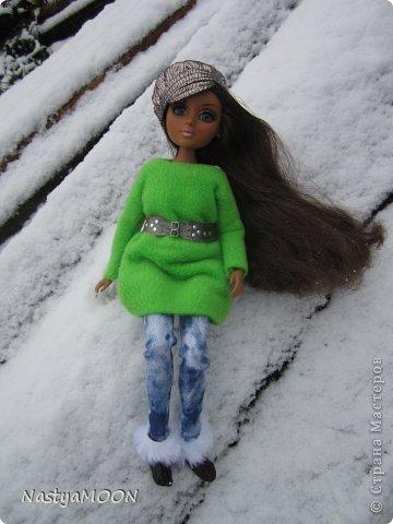 Приветики Страна!У нас сегодня радость) Мои красотули сегодня в первые увидели снег! И хочу вам сказать моим иностаночкам очень понравился белый ковер, который сегодня застелил все) фото 3