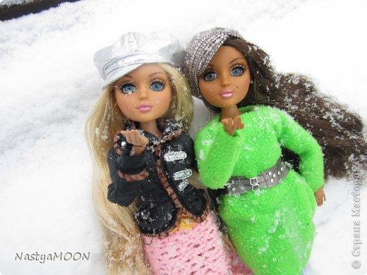 Приветики Страна!У нас сегодня радость) Мои красотули сегодня в первые увидели снег! И хочу вам сказать моим иностаночкам очень понравился белый ковер, который сегодня застелил все) фото 16
