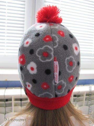Решила я испробовать выкройку шапки-ушанки. Получилось маловато, но я добавила трикотаж на лоб и затылок, и вышло еще лучше, чем задумывалось))) фото 6