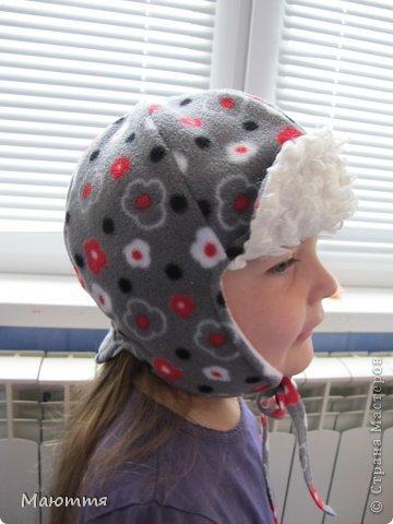Решила я испробовать выкройку шапки-ушанки. Получилось маловато, но я добавила трикотаж на лоб и затылок, и вышло еще лучше, чем задумывалось))) фото 14
