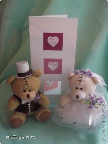 """Приветствую Вас, дорогие мастерицы!!! Встречайте жениха и невесту, хлебом-солью!!! Таких мишек я подготовила для посадки в букет молодым. Купила их """"голеньких"""" приодела- и вперёд, на свадьбу))) фото 3"""