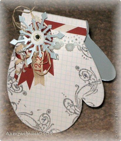 Не могу устоять перед новогодней темой.) Открытки в форме варежки. фото 3