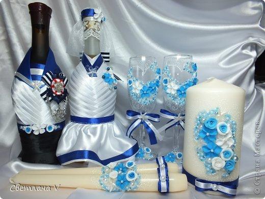 Очередной набор - на этот раз в морской тематике) В первый раз пришлось работать с лентами- невесте хотелось именно такой декор, но и без цветочков не обошлось))