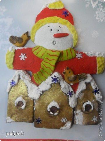 Всем привет!!!Хочу показать две идеи новогодних снежинок.Делаются довольно таки легко и затрат не много.                                      фото 24