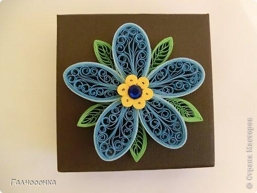 Доброй ночи Всем! Хочу представить вашему вниманию свою небольшую работу. Шкатулочка с украшекнием в виде кружевного, ажурного цветочка.