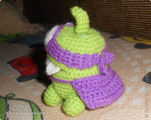 Лягушонок из компьютерной игры Cut The Rope фото 3