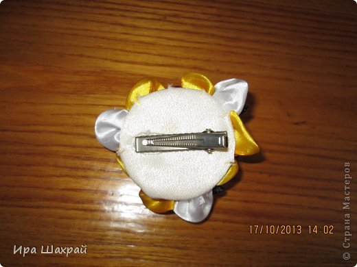 Вот такой наборчик сделала для доченьки Анютки. Повязочка на голову, резинки и заколка. фото 5