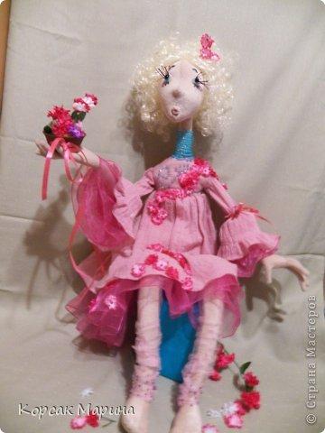 Решила попробовать каркасную технику выполнения куклы . Результат понравился . Куклам можно придать очень интересные позы .Это то что получилось . Фея Цветов. фото 5