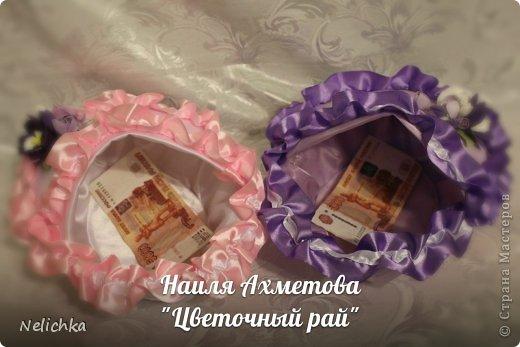 Свадьба, которая состоялась 13 сентября 2013 года. Каскадный букет невесты бело-фиолетовых оттенков из орхидей роз и фрезий. фото 12