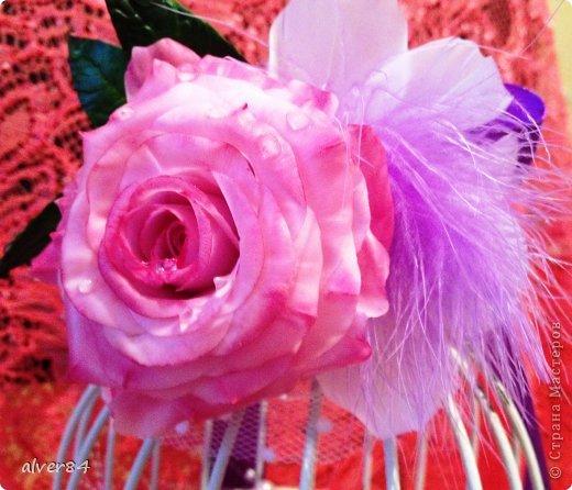 Здравствуй Страна!!! Хочу представить очередную свадебную клеточку-символ семейного гнездышка. Эта  клеточка небольшая - 20см в высоту. Я ее слепила из того, что было))) Цветы были уже готовые, а тут срочно понадобилось сделать такую красоту, вот что получилось. фото 4