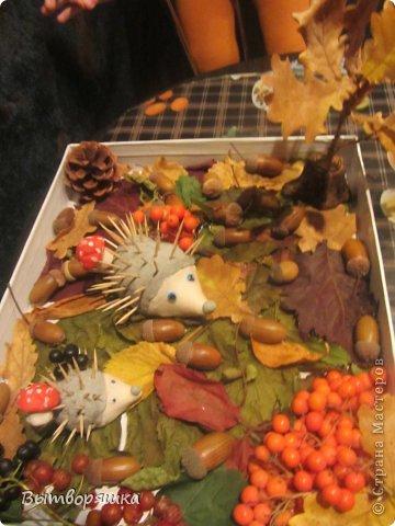 Вот такая у нас поделочка. Ёжики, грибы и пень из соленого теста. фото 1