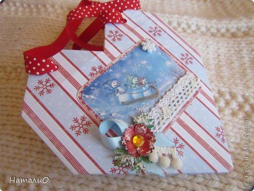 Добрый день! Вот мои последние работы. Начала подготовку к НГ, а то как обычно буду делать все за час до выхода))) Сделала шоколадницу и  сумочку для подарка. фото 6