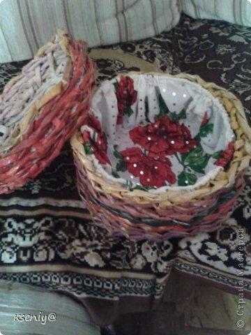 Коробочка плетение из газеты фото 4