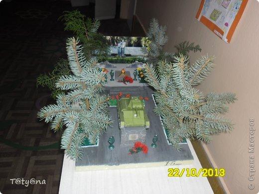 Это макет к 70-летию освобождения города Мелитополя на выставку в школу от 3 класса. Огромное спасибо за идею Карине Григорян фото 7