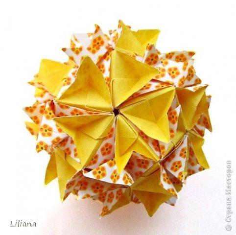 Всем привет! Представляю вашему вниманию свои игровые кусудамы. Oxalis Designer: Natalia Romanenko Units: 30 Paper: 5*10 cm (1:2) Final height: ~ 9.5 cm Joint: no glue  Туториал: http://kusudama.info/2013/09/oxalis-tutorial/ Условия игры: http://kusudama.info/2013/09/igra-5/   фото 2