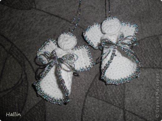 Наши ёлочки для подарков.  Но фото не может передать всей красоты! Ёлочки переливаются, снежок и ангелок беленькие и блестят!  фото 6