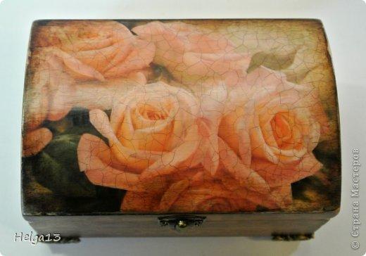 Может это покажется слишком банальным, но розы - мои любимые цветы. Они могут быть и роскошными, и простыми, и нежными, и строгими... Вот некоторые мои работы с этими восхитительными цветами: фото 11