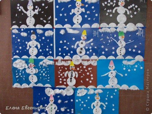 Снеговики, наверное, очень похожи на своих хозяев - такие же неугомонные непоседы! фото 1