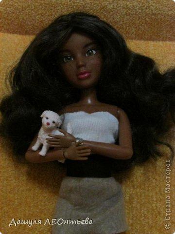Моя новенькая кукла. Хотела купить для экспериментов, но слишком уж она симпатичная... Поэтому остановлюсь на одежде))  фото 5