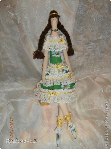 Моя первая и единственная кукла-тильда, которая шилась специально подруге на день рождения в пару к ананасу. фото 1