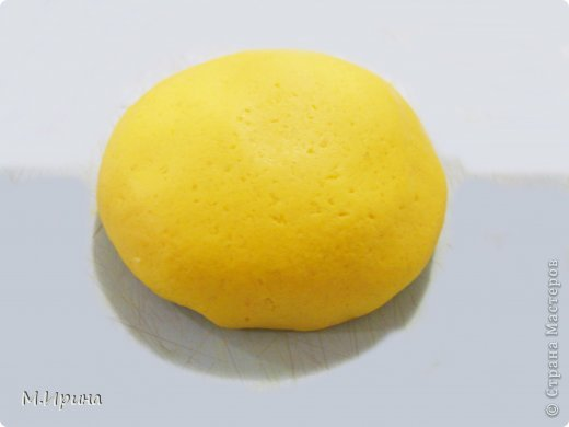 Как сделать тесто желтым