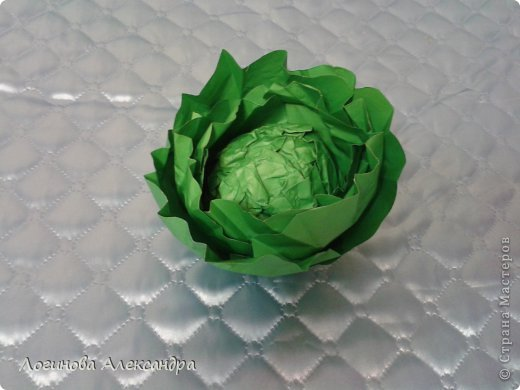 Для праздника осени нужно было сделать капусту....в дальнейшем в нее между листочков будут вставлены загадки...дети будут по одной вытягивать и отгадывать!!!) фото 10
