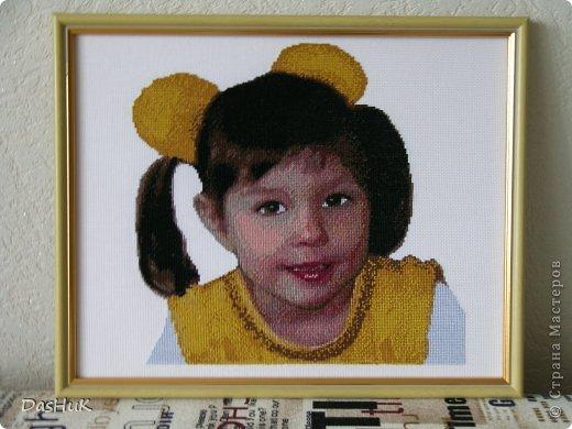 Самая оригинальная вышивка в нашей коллекции! Схема была сделана в программе Pattern Maker по фотографии, картина вышита моей мамой-злато ручкой)) фото 1
