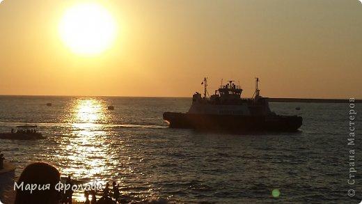 Итак продолжу. Основная часть отпуска - Крым и море. Самая главная - Севастополь! Это мы подъезжаем.))) фото 20