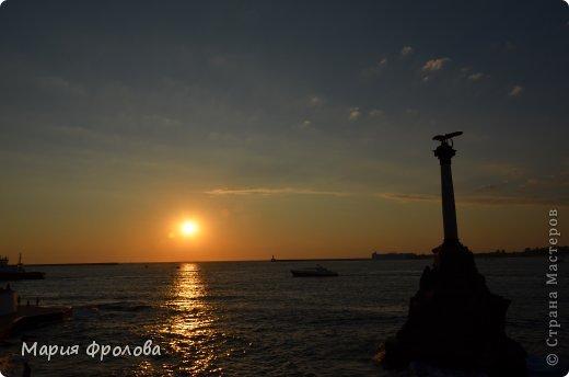 Итак продолжу. Основная часть отпуска - Крым и море. Самая главная - Севастополь! Это мы подъезжаем.))) фото 21