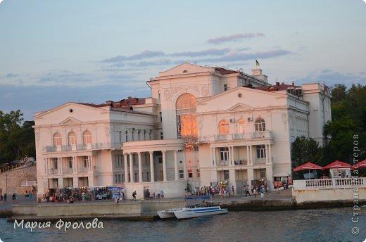 Итак продолжу. Основная часть отпуска - Крым и море. Самая главная - Севастополь! Это мы подъезжаем.))) фото 15