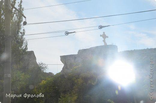 Итак продолжу. Основная часть отпуска - Крым и море. Самая главная - Севастополь! Это мы подъезжаем.))) фото 3