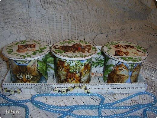 Приветствую всех мастериц! Из маленьких бабин, высотой в 8 см. получились небольшие баночки, причем на каждой следующей количество котят увеличивается- один, два и три! фото 10