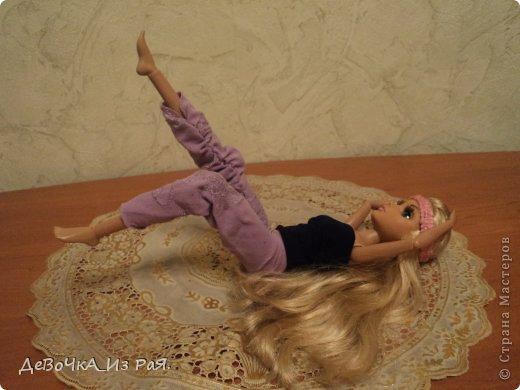 """Всем привет!!!!Сегодня я решила устроить конкурс.Называется он """"Спорт наша жизнь""""    1. Добавлять только работы сделаны вами. 2.Не возмущаться. 3.Не давать советы... 4.Нужно сшить спортивный костюм и показать каким спортом ваша кукла занимается.(спорт может быть любой хоть зарядка) Куклы: Могут участвовать все.   Если хотите поучаствовать записывайте так:Я ник,хочу принять участие в конкурсе """"спорт наша жизнь""""  Призы. 1 место грамота,две выкройки,2 фота из аватана(пизапа).И подарок)) 2 место грамота,одна выкройка.И подарок)) 3 место грамота.И подарок))  Приём участников: С 29.10.13.по 30.10.13. Приём работ: С 31.10.13.по 6.11.13.если кто то попросит продлю.  Победителей выберу сама. Победителя объявлю 6.11.13. фото 2"""