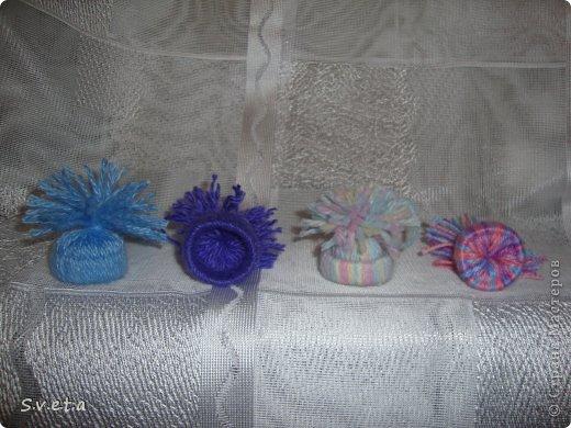 Благодаря https://stranamasterov.ru/node/653002?c=favoriteу меня тоже появились вот такие шапочки-елочные украшения. Спасибо за мастер-класс). Будут украшать елку в классе у сына) фото 2