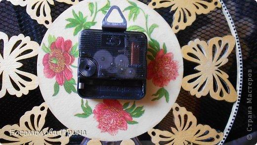 использована текстурная паста через трафарет фото 30