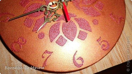 использована текстурная паста через трафарет фото 2