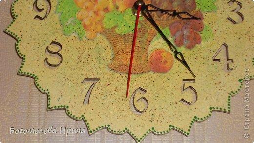 использована текстурная паста через трафарет фото 11