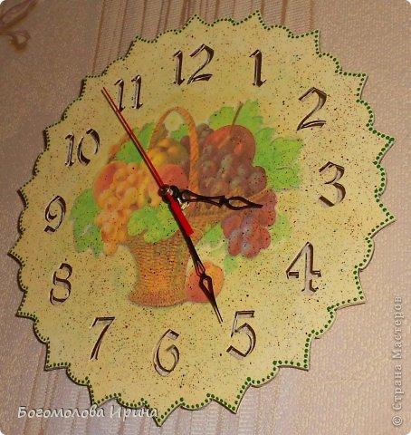 использована текстурная паста через трафарет фото 12