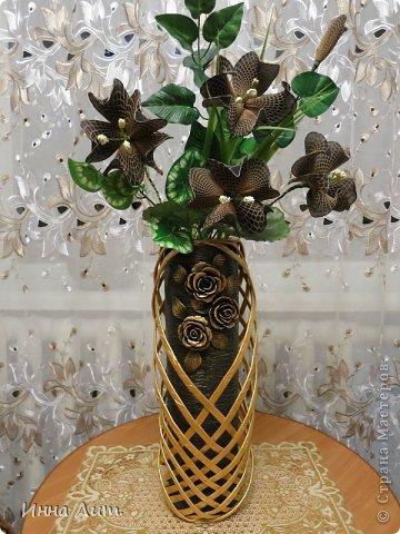 Вот такая получилась ваза из ничего(т.е. из мусора) фото 2