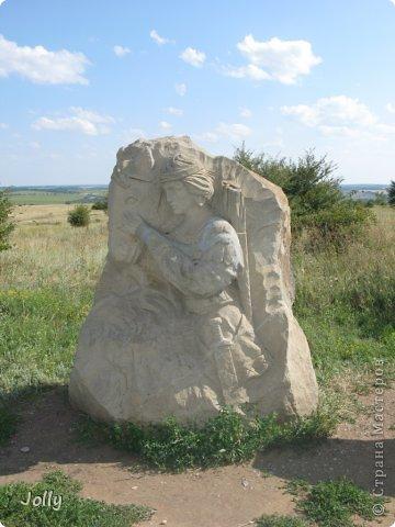 Клебан-Бык небольшой заповедник в Донецкой области. Когда-то здесь плескалось о берег море... Заповедник не самый известный, но, может, оно и к лучшему... Непуганное место, вольное. фото 4