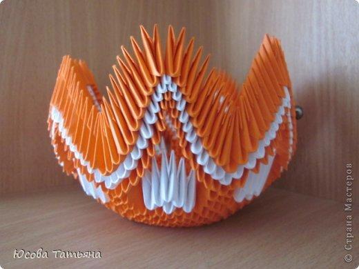 Конфетница из модульного оригами