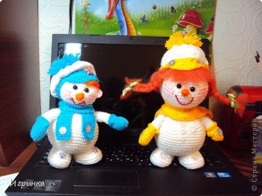 Здравствуй, страна! Представляю  новую новогоднюю парочку снеговиков.