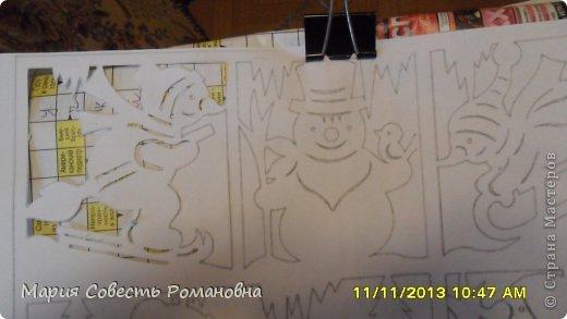 Картина панно рисунок Новый год Вырезание Работа на конкурс Ёлки-палки Новый Год Снеговики Бумага фото 4