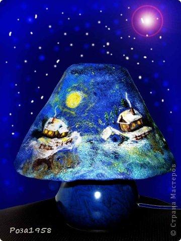Ночник к рождеству.Выполнен методом мокрого валяния, шерстяная акварель. Высота 28 см.Материалы : меринос,кардочес,вискоза,шелк,стеклянные бусины,крашеная марля. фото 3