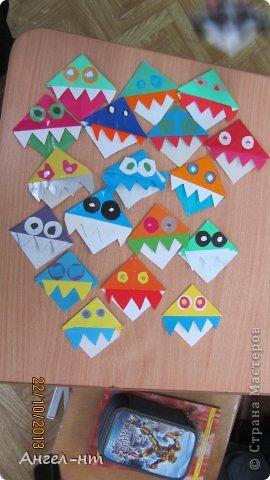 Дети уходя на каникулы делали такие закладки-зубастики. Детям очень понравилась эта работа.