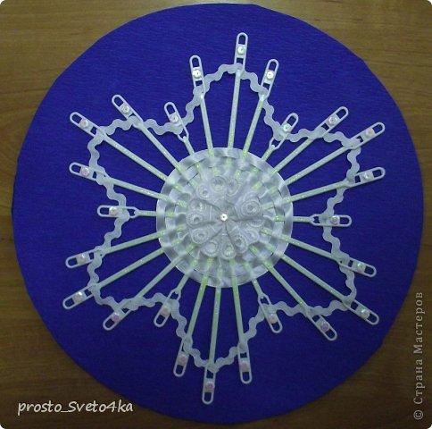 Сова посоветовала использовать в работе: проволоку, одноразовую посуду, кружева и ленты. В своей работе использовала одноразовые ложечки для кофе. фото 5